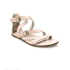 Eileen Fisher Strappy Flat Sandal Size 6